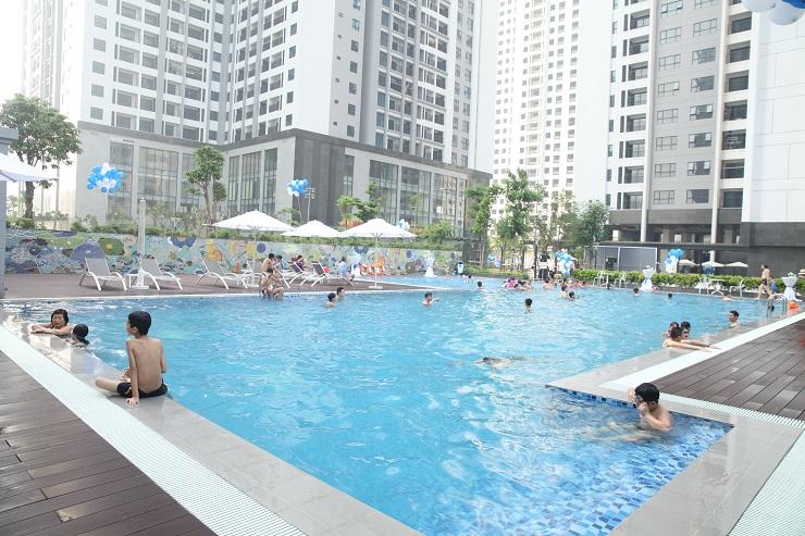 Bể bơi thực tế chung cư TNR Sky Park Gold mark city