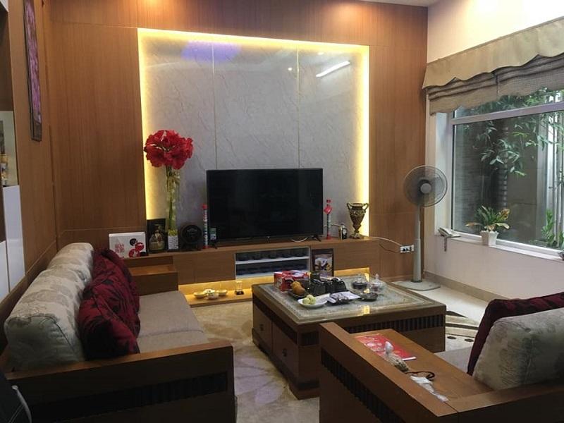 Biệt thự phân lô Giảng Võ, Ba Đình, 75m2, phòng khách