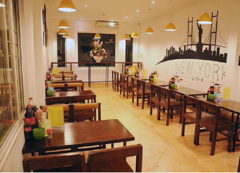 Đất mặt phố Trần Duy Hưng 100m2 mặt tiền 9m. Rất thích hợp kinh doanh hàng quán tấp nập.