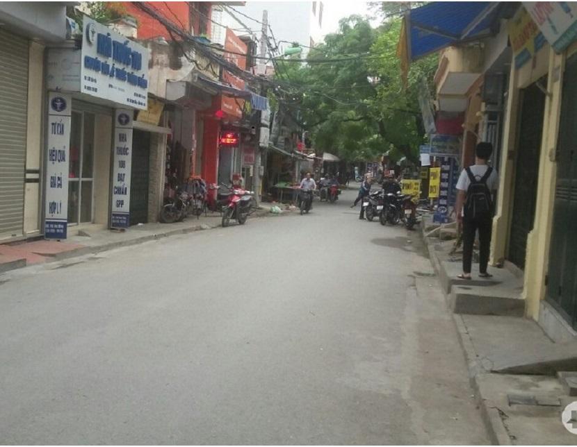 Nhà mặt phố Hoa Bằng, Cầu Giấy 55m2, đường trước nhà