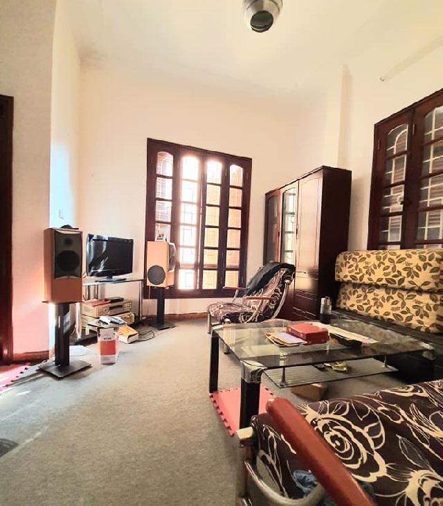 Nhà ngõ 36 Đào Tấn, Ba Đình, 50m2 phòng khách