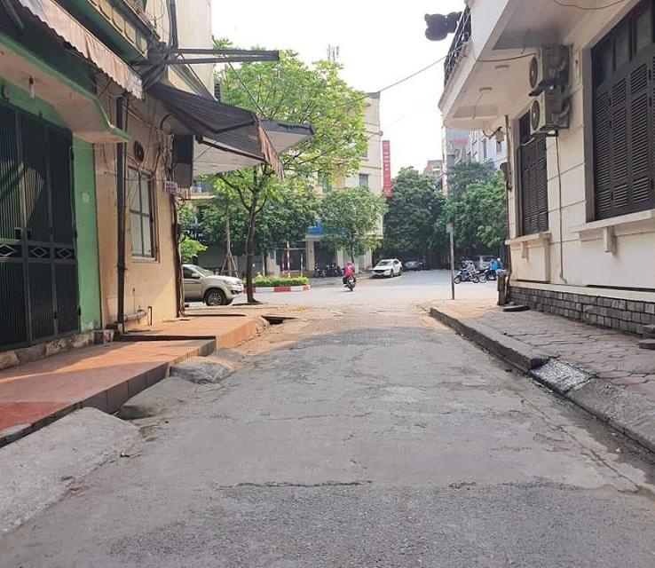 Phân lô Trung Kính to, Cầu Giấy, ô tô kinh doanh 48m2, đường trước nhà