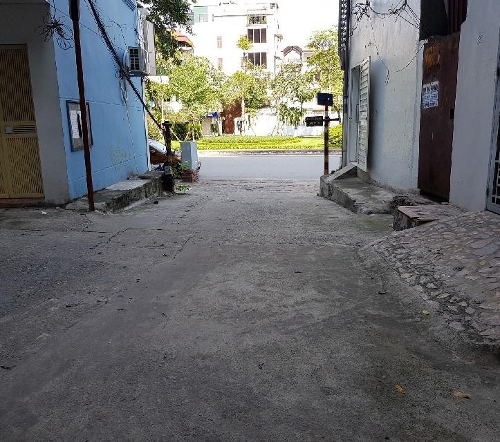 Đất mặt ngõ Văn Cao, Ba Đình kinh doanh đỉnh. Ô tô DT 50m2. Cách 5m ra đường