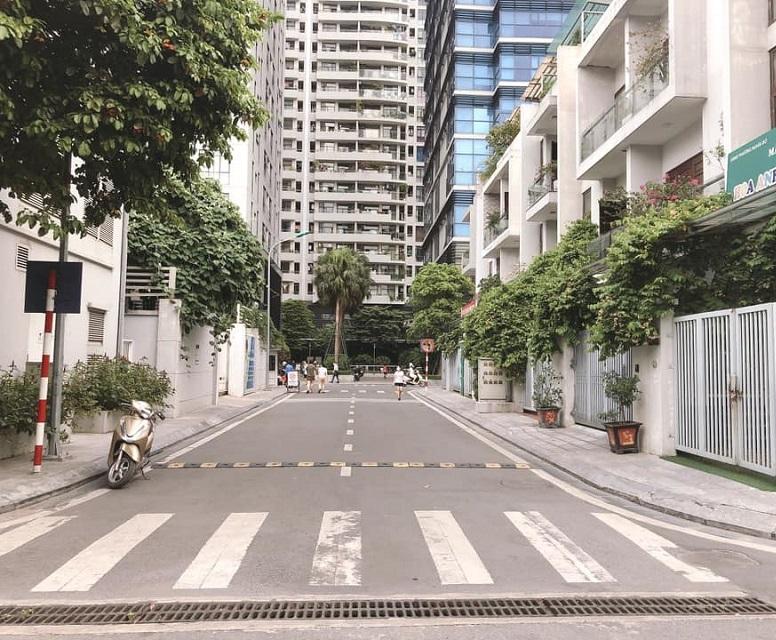 Liền kề shophouse Tràng An Complex, đường trước nhà